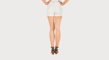 Calvin Klein Lühikesed teksapüksid Cut off short INWHST