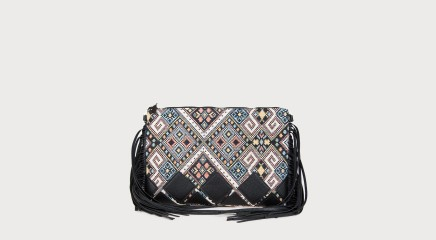 Molly Bracken Shoulder bag Q123P17
