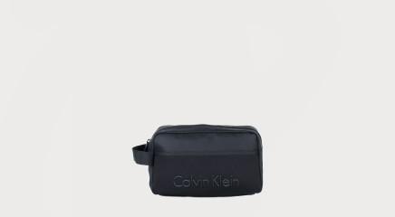 Calvin Klein Kosmeetikakott Alec Washbag