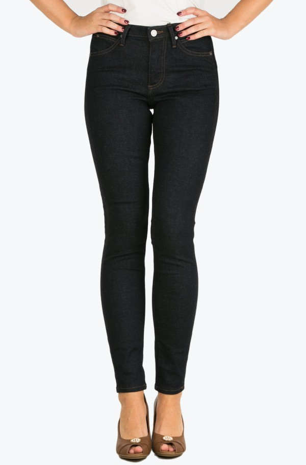Sculpted  Skinny - Dark Rinse
