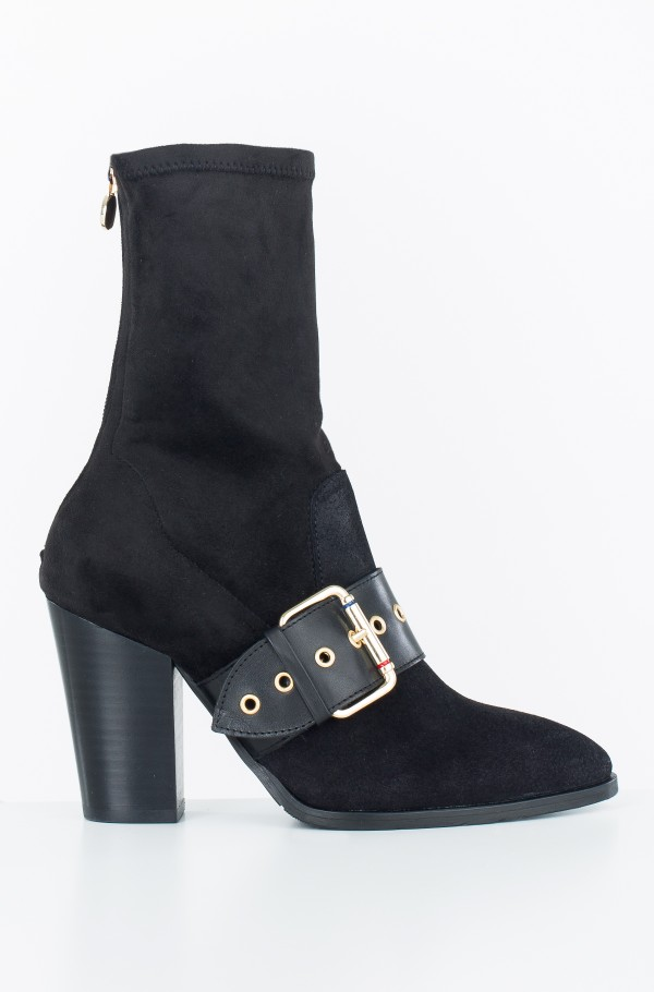 GIGI HADID HEELED BOOT