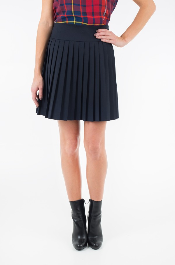 LEAN PLEATED SKIRT