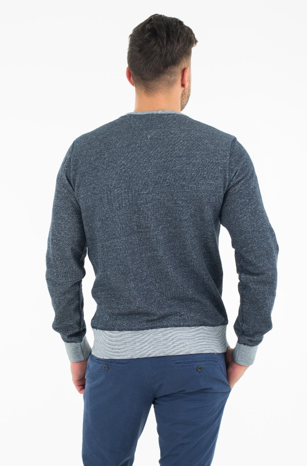 PIETER C-NK L/S VF-hover
