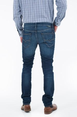Jeans M74A06 D1N95-2