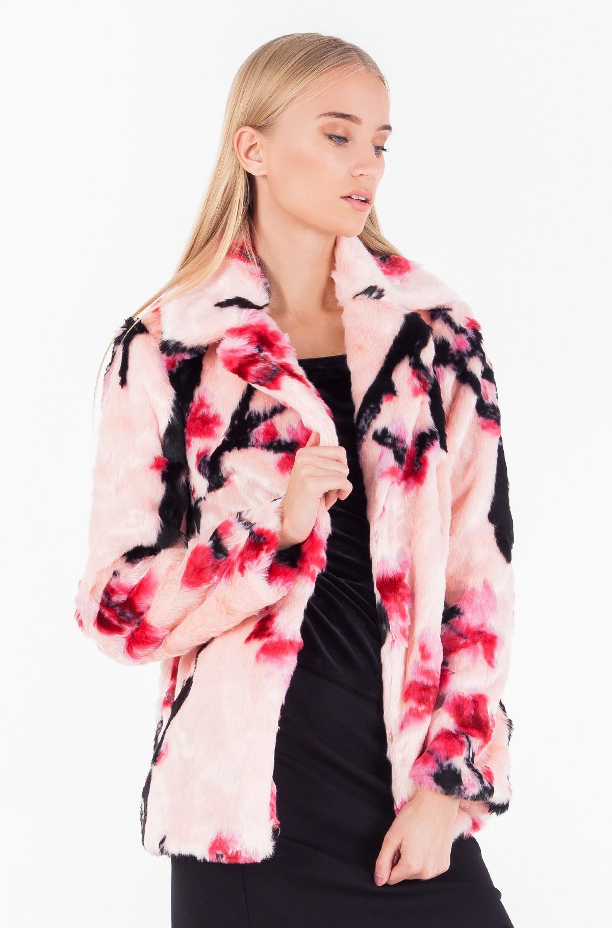 Fur coat W74L14 W9T70-full-1