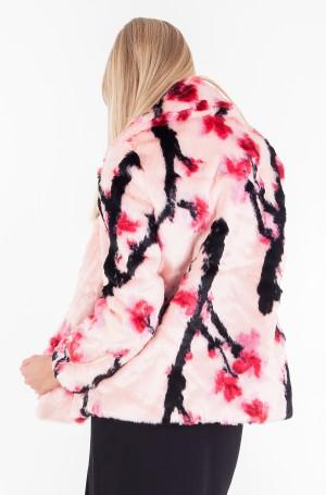 Fur coat W74L14 W9T70-2