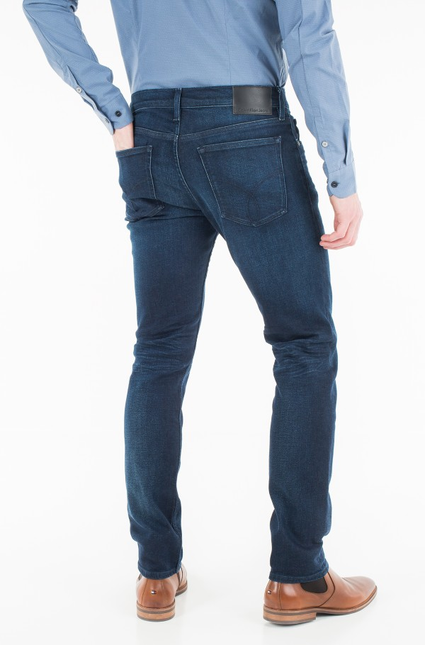 Straight taper - true worn blue-hover