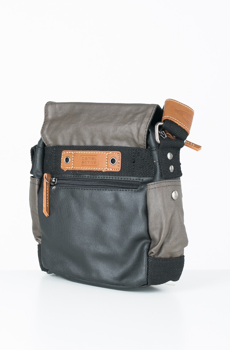 60ef3bb478 brown4 Shoulder bag 262 601 Camel Active