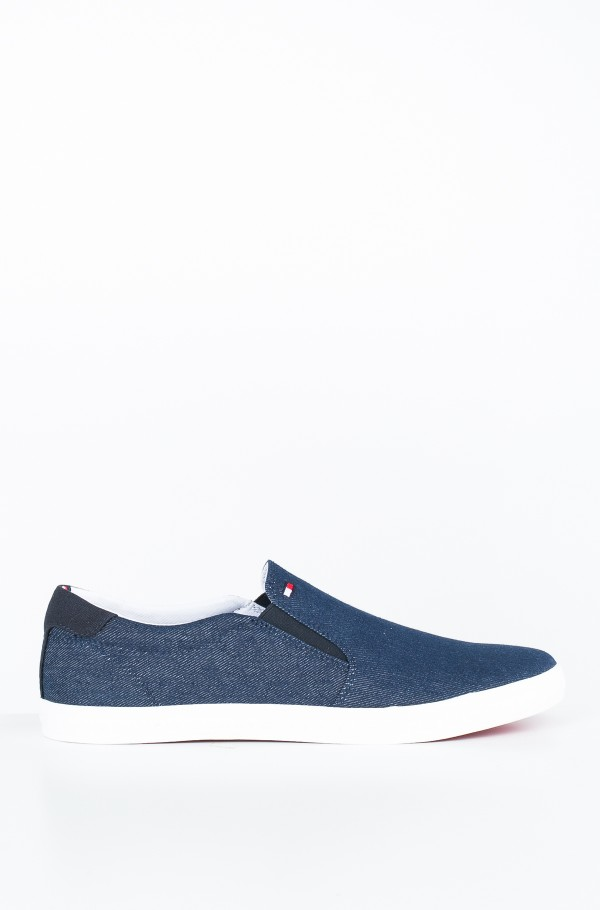 ESSENTIAL SLIP ON SNEAKER