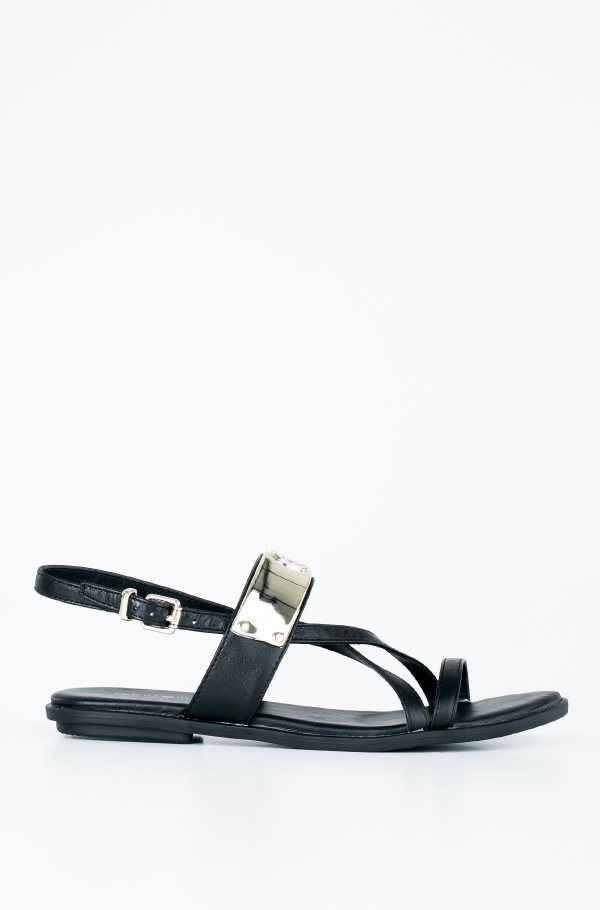 FLAT SANDAL WITH TH BAR