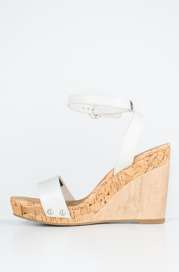 ICONIC ELENA LEATHER STRAPS-hover