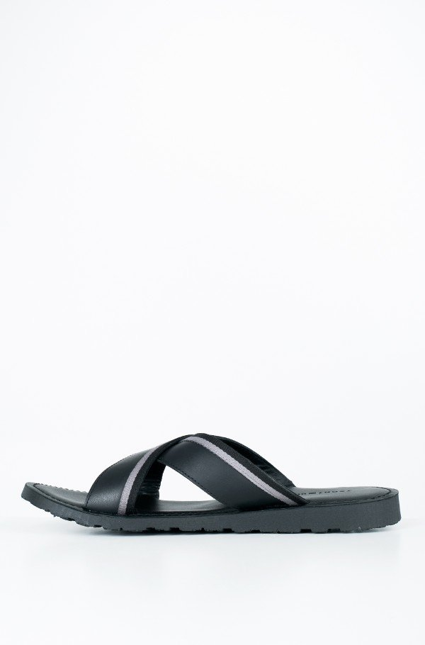 CASUAL LEATHER CROSS SANDAL-hover