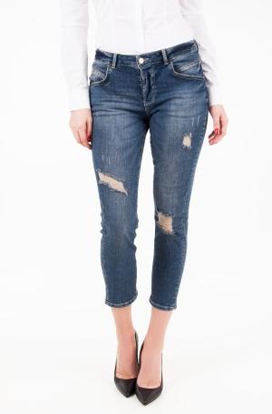 Jeans W81086 D2CA2-1