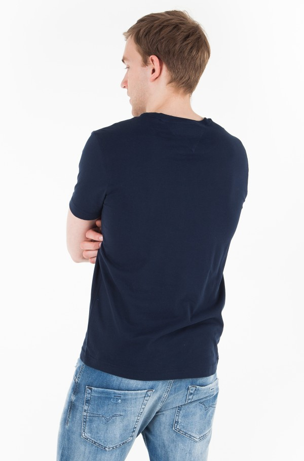 DASHING GRAPHIC TEE-hover