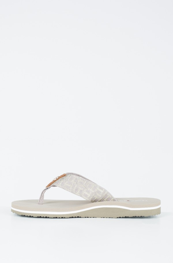 METALLIC LOW BEACH SANDAL-hover