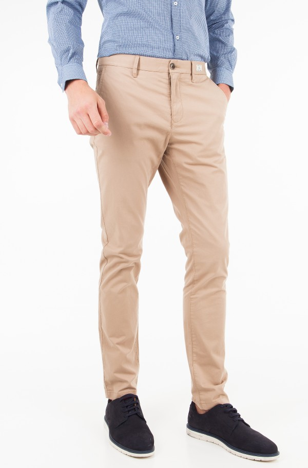 CORE DENTON STRAIGHT CHINO