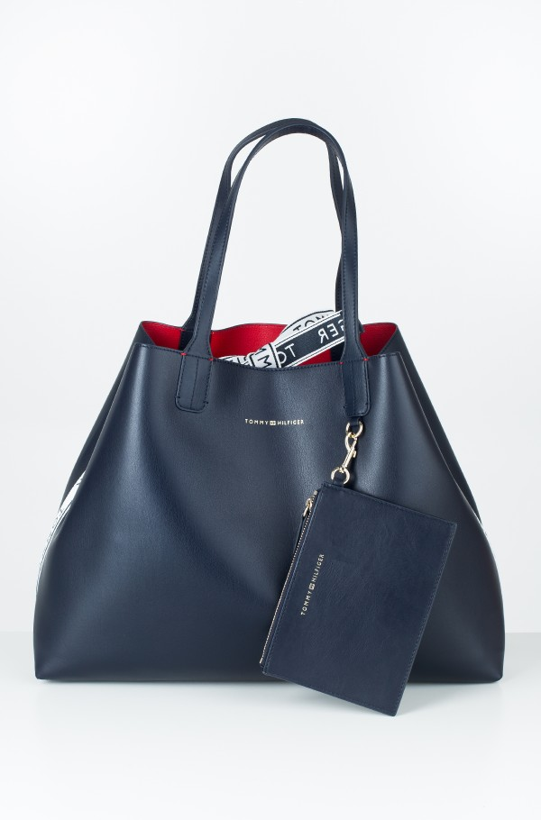 ICONIC TOMMY TOTE CB