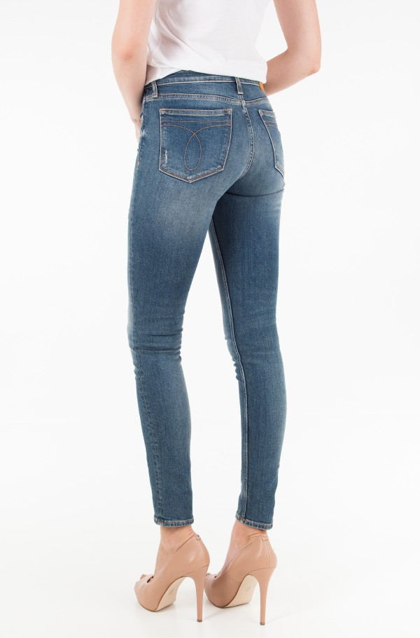 CKJ 011: Mid Rise Skinny (West Cut)-hover