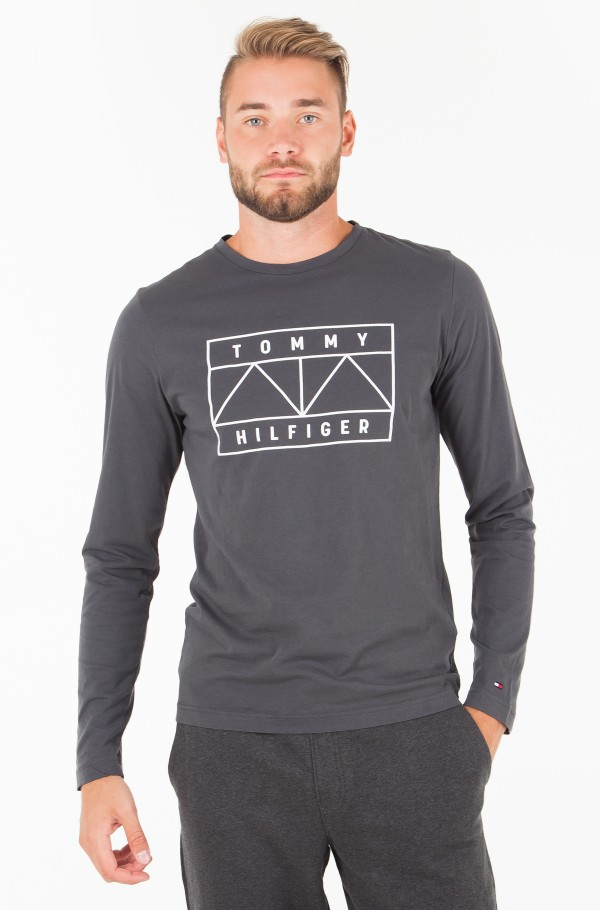 TOMMY GRAPHIC LONG SLEEVE TEE