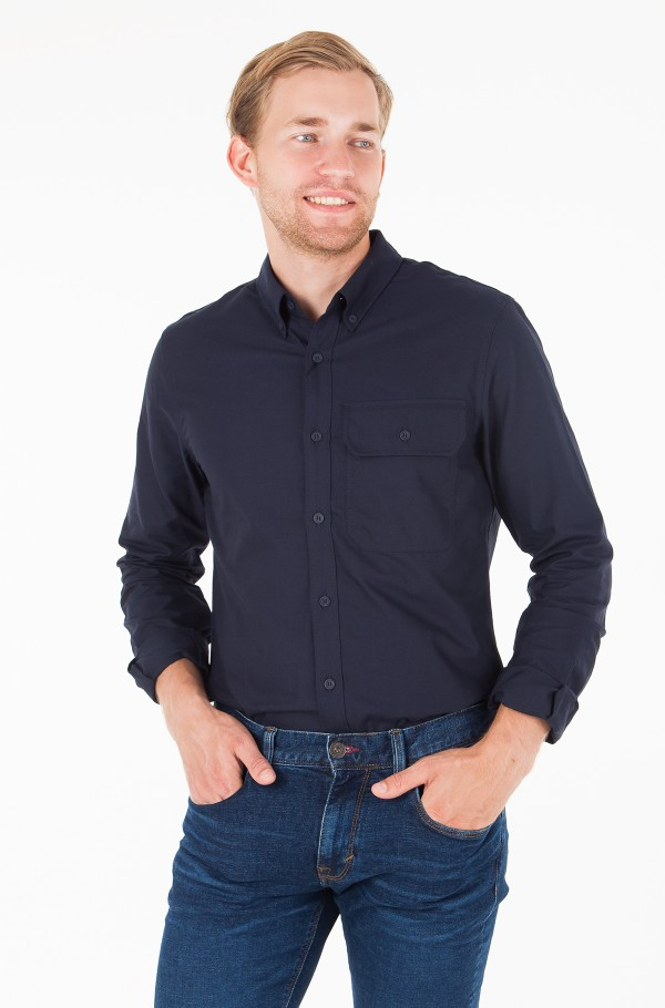 BUTTON DOWN CLASSIC OXFORD SLIM SHIRT