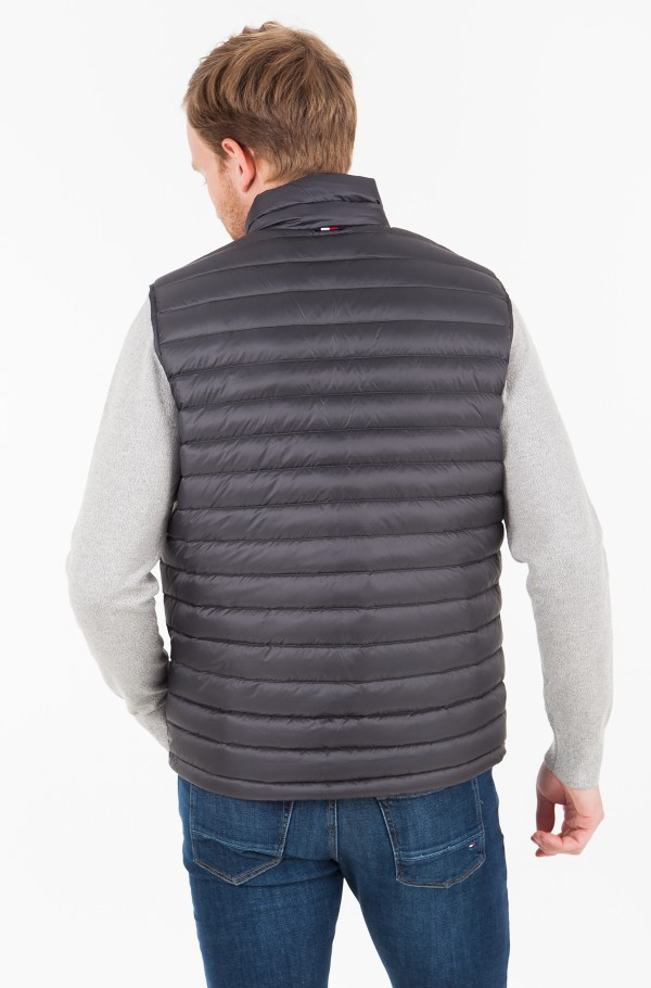 LIGHT WEIGHT PACKABLE DOWN VEST-hover