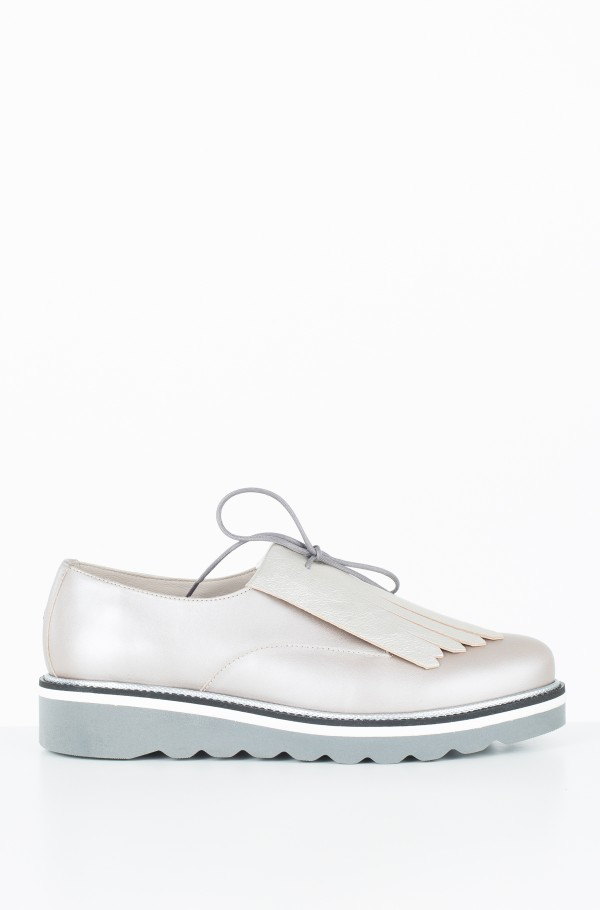 PEARLIZED LEATHER LACE UP SHOE