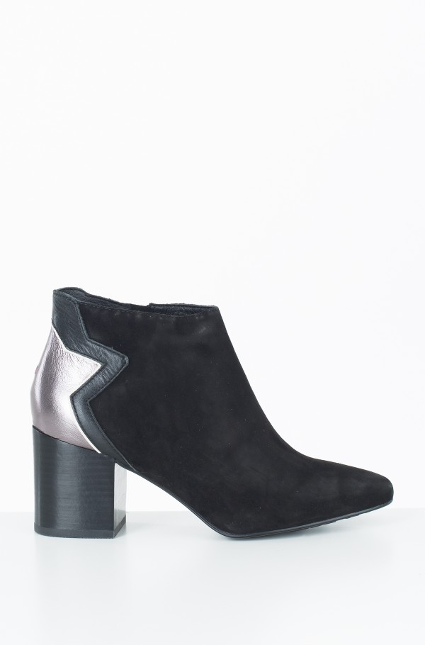 ELEVATED SUEDE HEELED BOOTIE