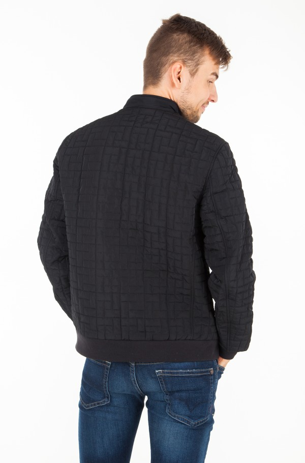 LIGHT WEIGHT QUILTED JACKET-hover