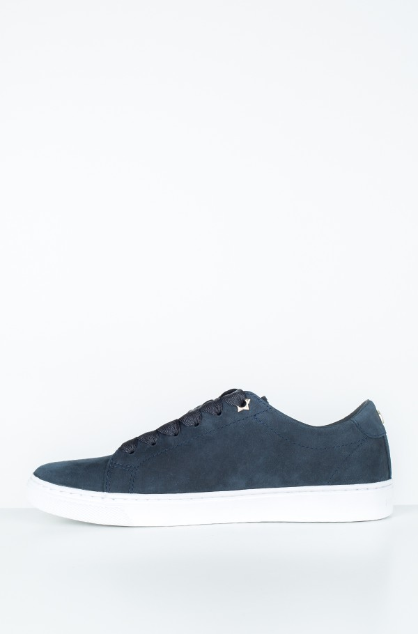 PERFORATED ESSENTIAL SNEAKER-hover