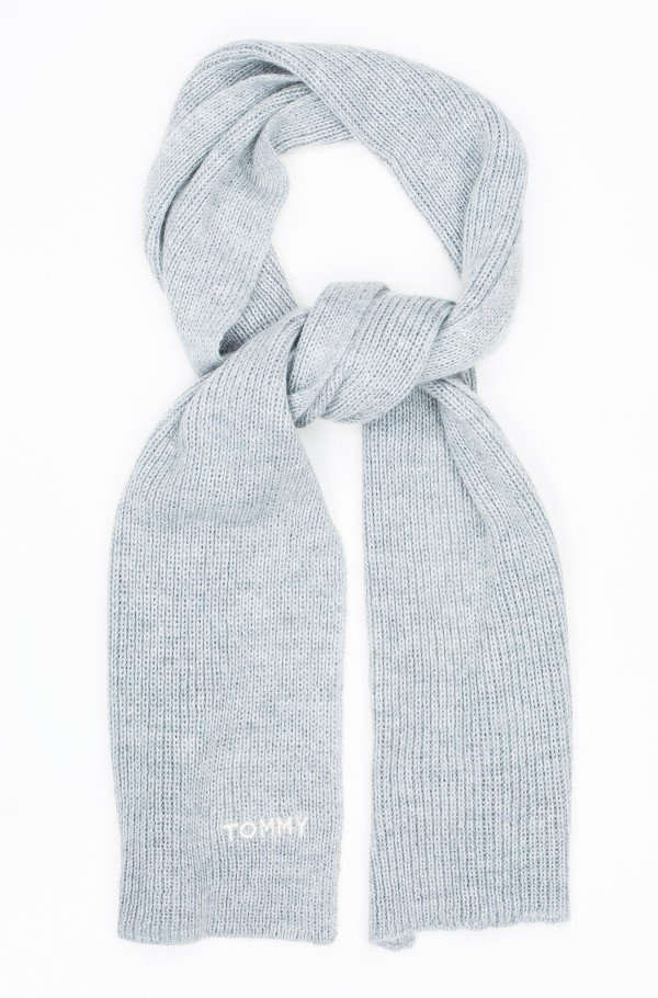 EFFORTLESS KNIT SCARF