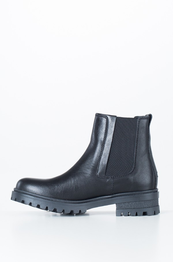 ESSENTIAL CLEATED CHELSEA BOOT-hover