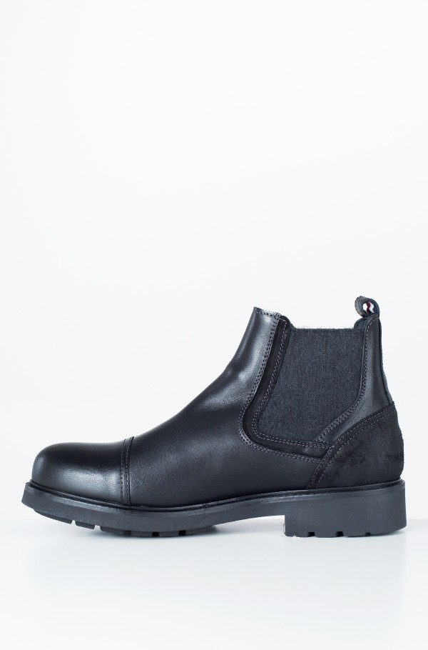 ACTIVE LEATHER CHELSEA BOOT-hover