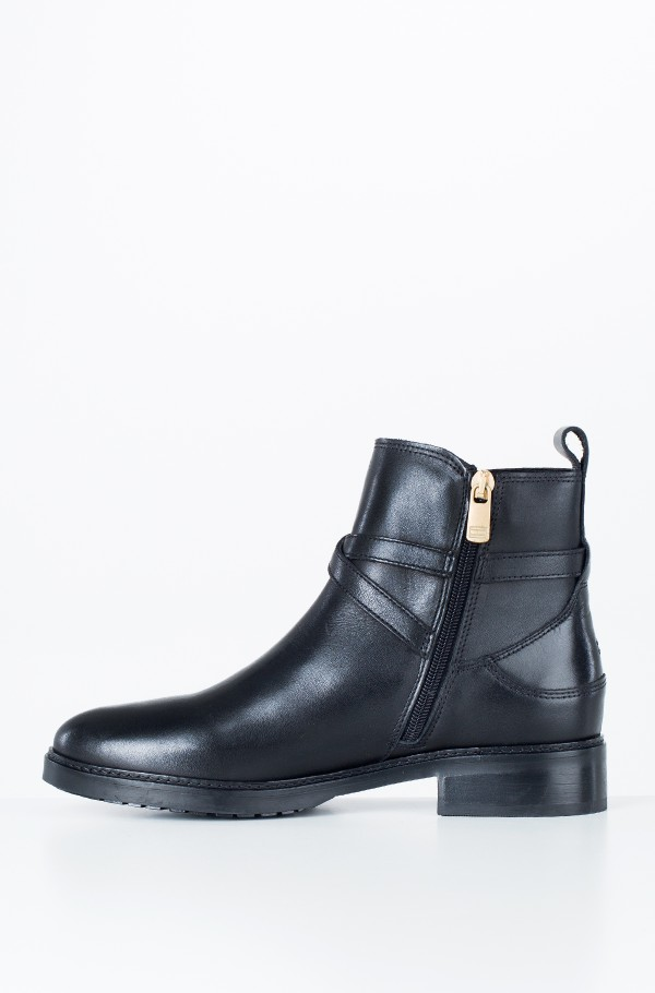 TH CHAIN BOOTIE LEATHER-hover
