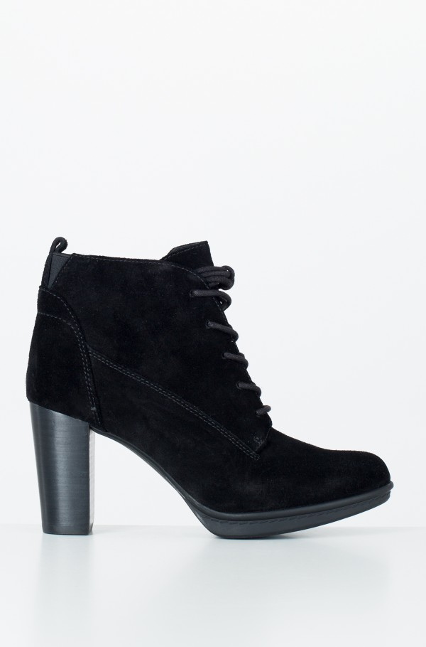 BASIC LACE UP HEEL BOOT SUEDE