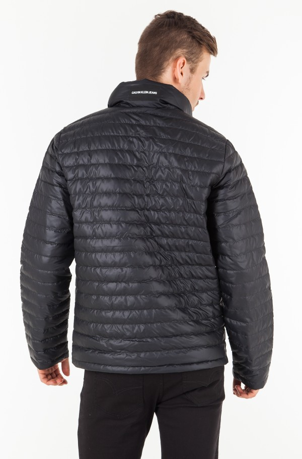 LIGHT DOWN PACKABLE JACKET-hover