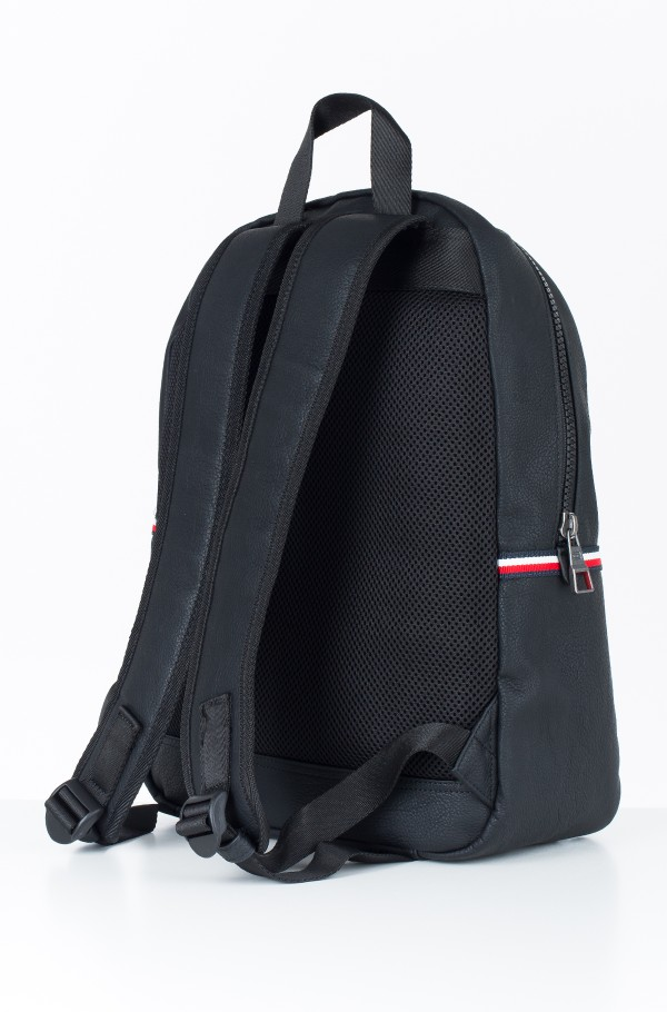 ESSENTIAL BACKPACK-hover