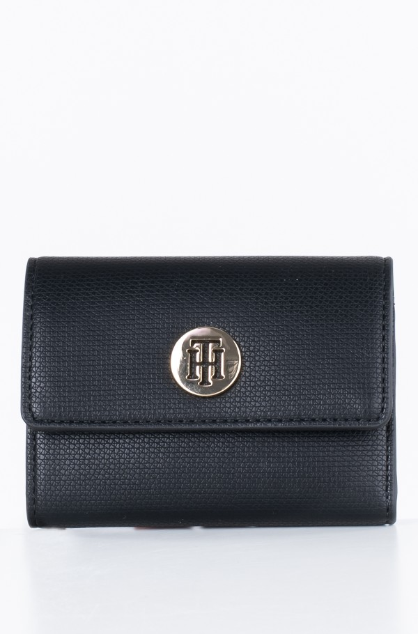 EFFORTLESS SAFFIANO MED WALLET