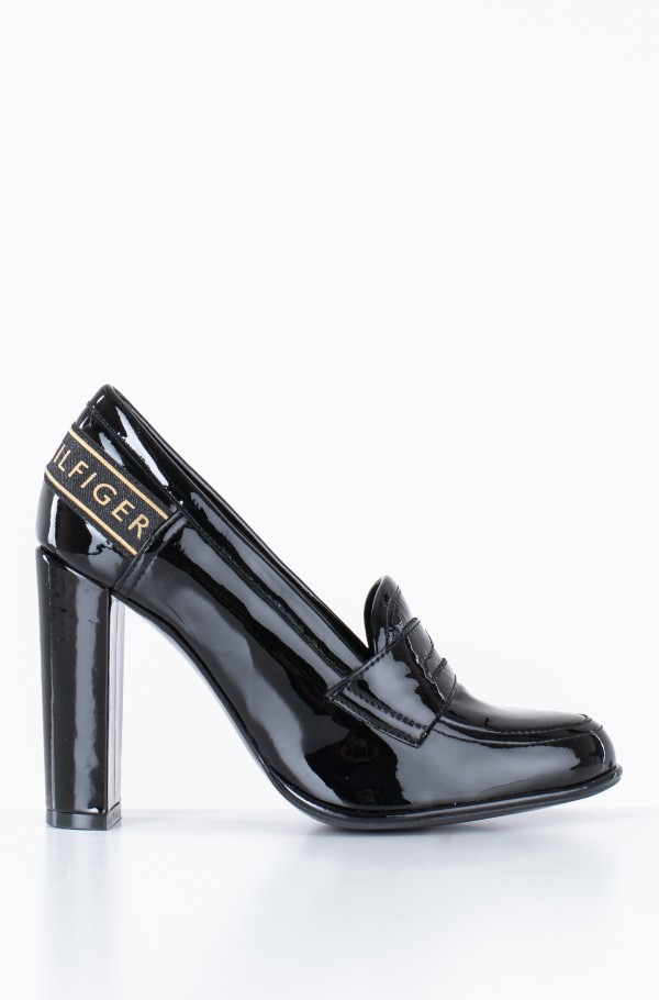 ICONIC PATENT LOAFER