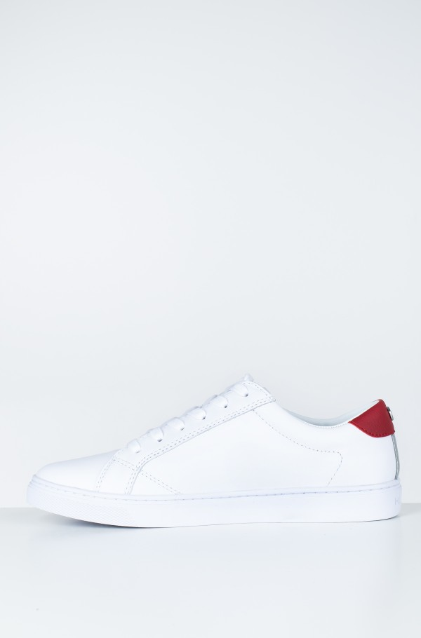 TOMMY PLAYFUL BADGE SNEAKER-hover
