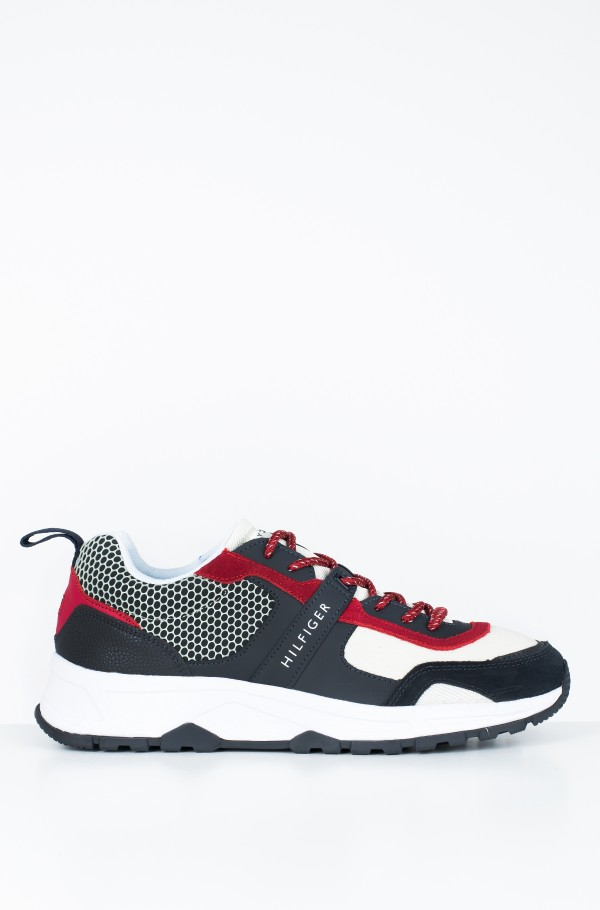 MATERIAL MIX LIGHTWEIGHT RUNNER