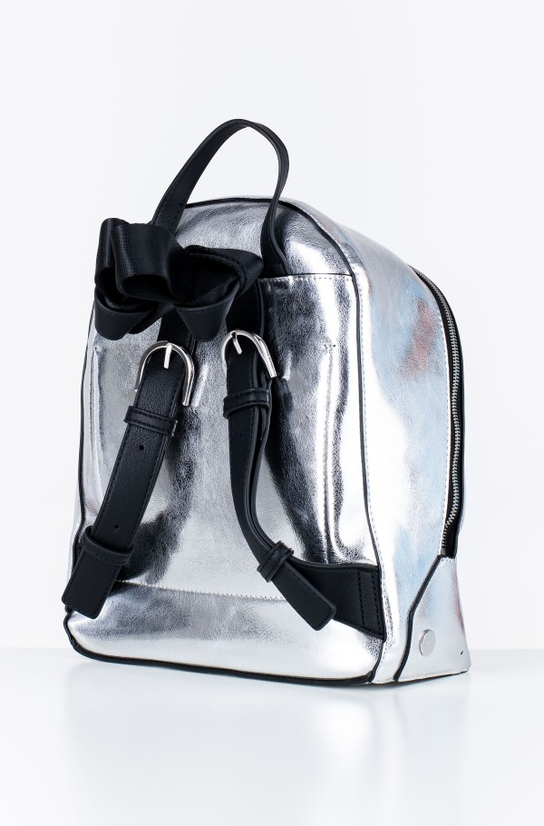 SNAP SML BACKPACK MET-hover