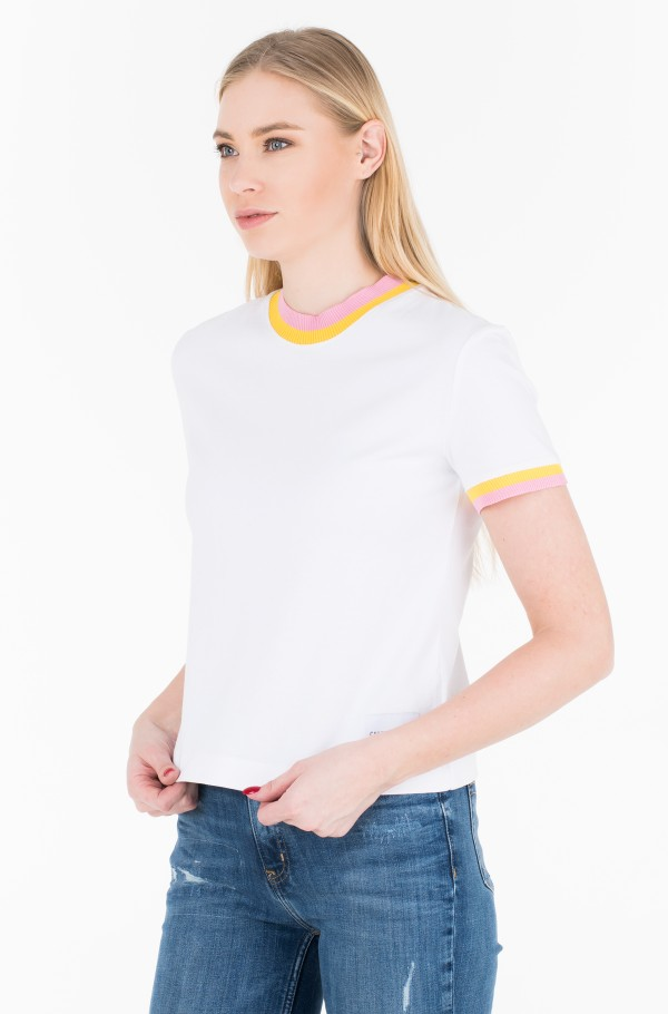 CONTRASTED NECK STRAIGHT TEE
