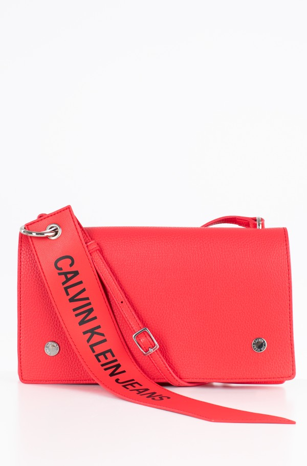 LOGO BANNER SHOULDER FLAP BAG
