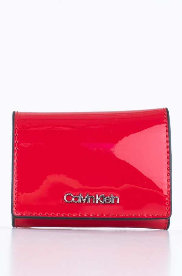 SMALL WALLET P