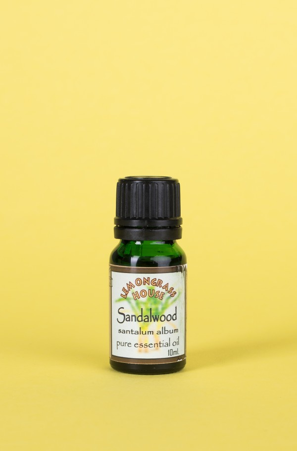 ESSENTIAL OIL SANDALWOOD 10ML