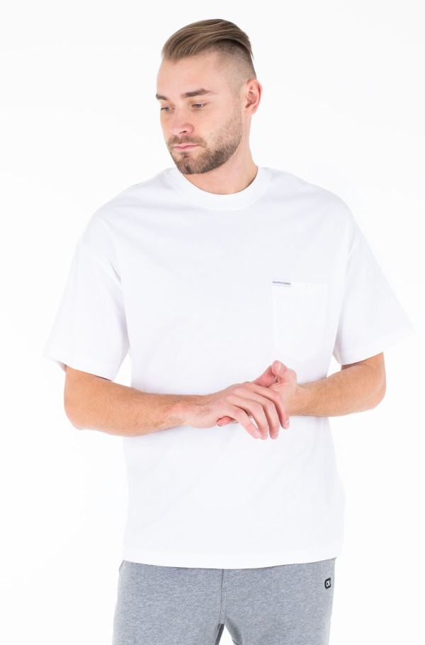 NEW RELAXED POCKET TEE