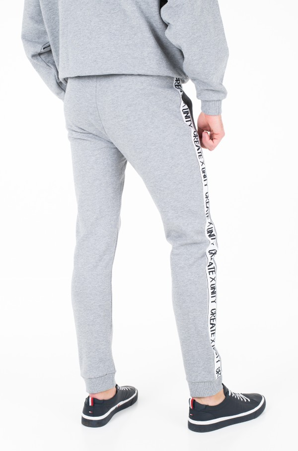 LH BASIC TAPE SWEATPANT-hover