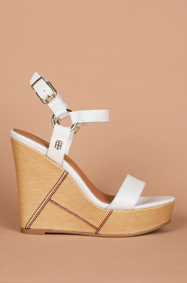 ELEVATED LEATHER WEDGE SANDAL
