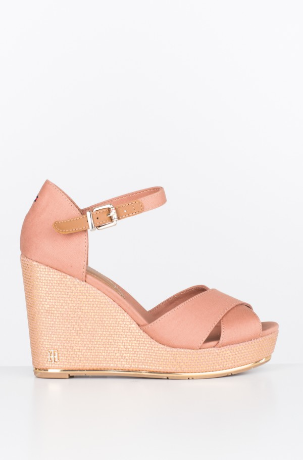 FEMININE WEDGE SANDAL BASIC