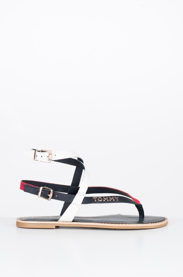 ICONIC FLAT STRAPPY SANDAL